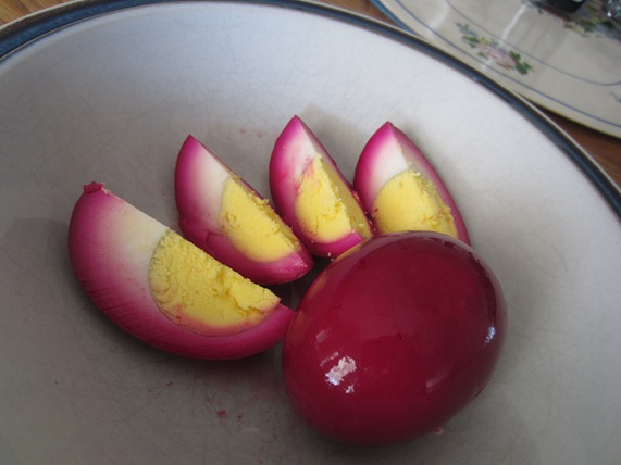 Pickled Red Beet Eggs: Made with Fresh Beets! | A Cook and a Geek
