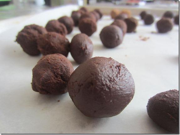 Balsamic Vinegar Chocolate Truffle Recipe Cook Geek 029